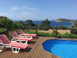 Bas de villa, 3-4 ch, piscine privee, vue mer splendide a 7min de plage de sable