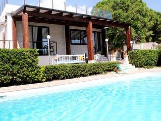 Villa con piscina Fontane Bianche a 300 metri da spiaggia e mare