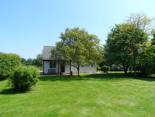 Charming family friendly holiday cottage near picturesque Marlborough