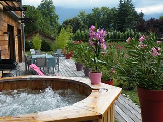 LAC D'ANNECY BORDURE DE LAC et PISTE CYCLABLE JACUZZI PRIVATIF