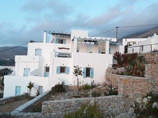 Maison cycladique face au plus beau coucher de soleil d'Amorgos