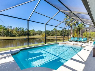 PRIVATE VILLA WITH SECURITY GATE, ON SUNSET LAKES-KISSIMMEE. 10MIN TO DISNEY :)