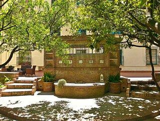 OS Garden-Maison de charme centralissima con ampio giardino privato e parcheggi
