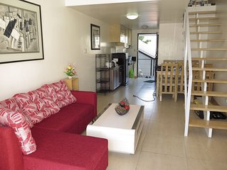 1 Bedroom Apt, 50 sqm (900 m to Fields)
