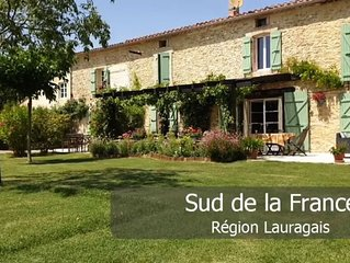 LAURAGAIS STONE FARMHOUSE NEAR CARCASSONNE WITH POOL AND GARDEN PRIVATE PARKING