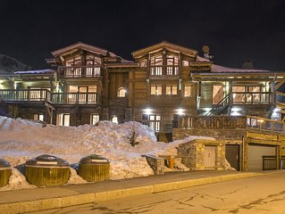 Luxury 9 bedroom adjoining Chalets close to the slopes