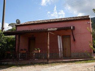 Sicily farmholidays:CASA DELLA PALMA,farmhouse with pool few minutes to the sea