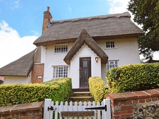 Priory Holme - Three Bedroom House, Sleeps 6