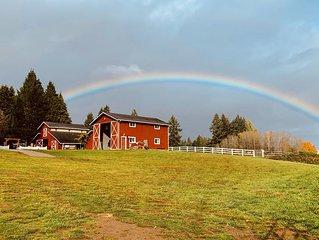 Family Reunions, Barn Weddings, Horses, Pool, Spa at The Manor at South Bay!