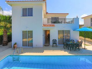 Petunia: Private villa with pool in Argaka very close to the sea, sunset views