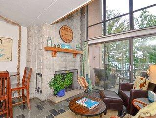 306C- Unique one bedroom condo, lakefront, great fireplace & scenic balcony!
