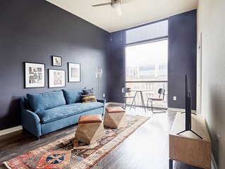 Sonder | Eastside Station | Lively 1BR + Balcony