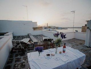 Appartamento confortevole con splendida vista mare e terrazzo FREE WI-FI