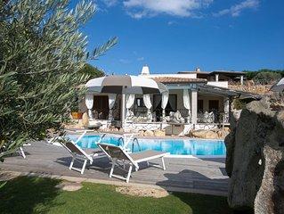 Villa Elegante, Privacy, Piscina, Idromassaggio Giardino, pochi passi dal mare