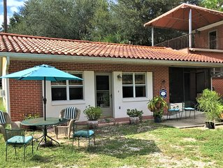 Country Cottage at Starr Lake - Sleeps 4
