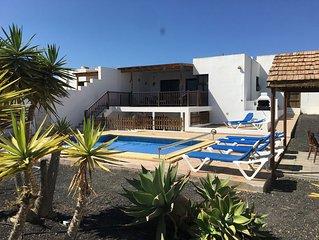 CASA AMANDA Villa Heated  Pool Safety Gates Towels Very Private Free WIFI+UK TV
