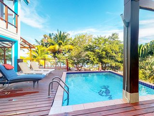 Beachfront property with private deck, pool, & kayaks - private beach and dock!