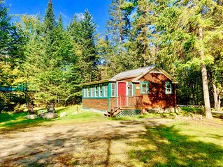 CHR: Cozy cabin in Franconia minutes from Cannon, Franconia Notch State Park, re