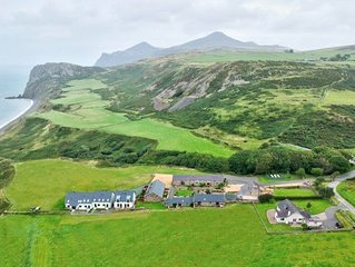 The Milking House -  a llyn peninsula that sleeps 4 guests  in 2 bedrooms