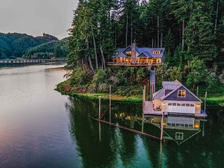 Villa & Boathouse on the Lake - boat access only