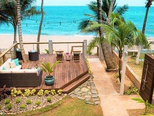 ★Nov 27-Dec 8: 7th Nt Free★ Beachfront on Sandy Beach!Short walk to Rest./Bars