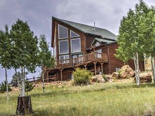 �Luxurious Mountain Home - Pike's Peak Views, Wifi, DISH, HotTub, PoolTable!�