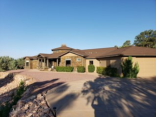 PINE RIDGE Luxury Retreat