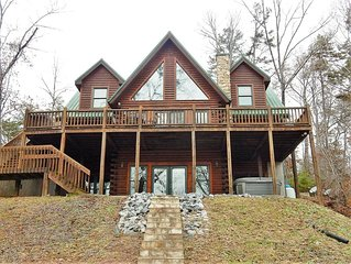 WI-FI | MOUNTAIN VIEWS | ROMANTIC | FIREPLACE | WOOD FLOORS | RIVERBEND AMENITIE