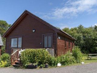 Loch Ness  - sleeps 5 guests  in 2 bedrooms