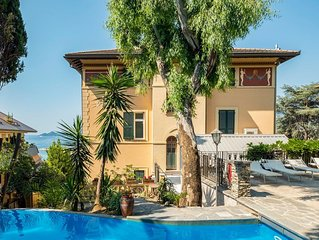 2 bedroom accommodation in Rapallo -GE-