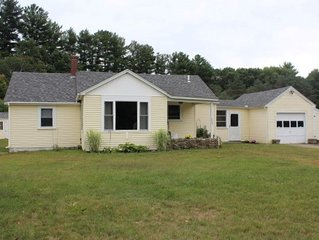 WOO377B - Cozy Lakes Region Home in Gilford