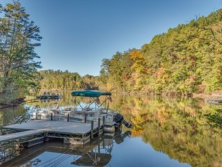 Hawk Ridge Retreat | 12 Min. to TIEC | Lake Front Home | Boat & Golf Cart