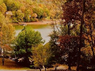 Beautiful LakeHill, set in trees on Lake Nottely, stunning Fall views