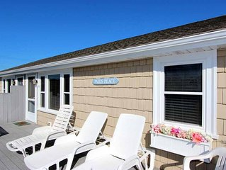 Beautiful 3 bedroom cottage with huge deck and walk to private beach!
