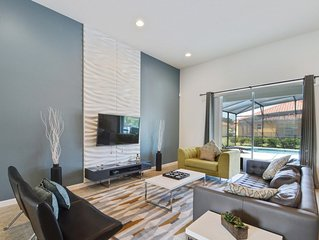 Modern Bargains - Solterra Resort - Welcome To Spacious 5 Beds 4 Baths  Pool Vil