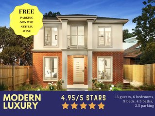 NEW Inner Melb Luxury Modern Grand Holiday House -Best location,King Bed, 2xCar