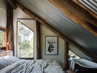 Otways Loft: 3 Storey Log Cabin, Part Tree House Part Train House