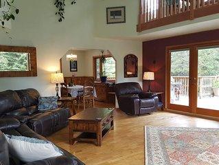 Peaceful, Spacious 3 Bedroom, Plus Bonus Room, Perfect for Large Families/Groups