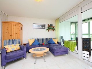Nice apartment for 3 people with WIFI, pool, TV, balcony, pets allowed and parki