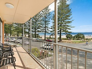 Pacific View unit 3 - Balcony with ocean views Beachfront Rainbow Bay Coolangatt