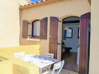 Cosy apartment for 4 people with WIFI, TV, balcony, pets allowed and parking