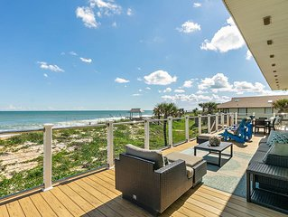 Oceanfront! Direct on Beach. 2 Story Duplex.Privacy*Nature*Huge Deck*Cool Decor