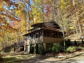 Beautiful and Secluded Private Mountain Retreat close to Asheville