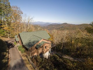 Mountaintop Cabin, Clean and Safe, Asheville Area, 4,500 elevation, Big Views