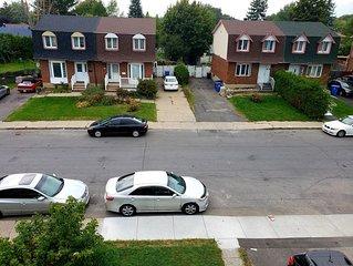Spacious-wifi-parking & mins to Montreal & Dix-30