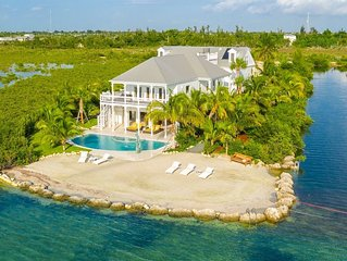 **VILLA OF THE SETTING SUN * THE BAY** Waterfront & Pool + LAST KEY SERVICES...