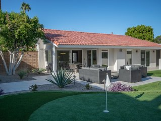 South Palm Desert Guest House with Mountain views and putting green.