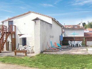 4 Zimmer Unterkunft in Rouille
