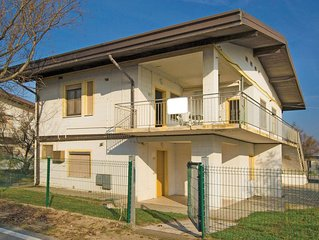2 bedroom accommodation in Rosolina Mare (RO)