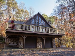 NEW LISTING!  The Nook at Nature's Harmony.  Hot Tub, wi-fi, multiple decks